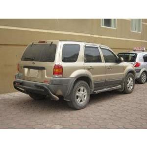 cần bán gấp xe ford escape 5 chỗ 2003 AT cũ đã qua sử dụng