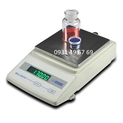 Cân điện tử 3kg sai số 0.01g JA3000C
