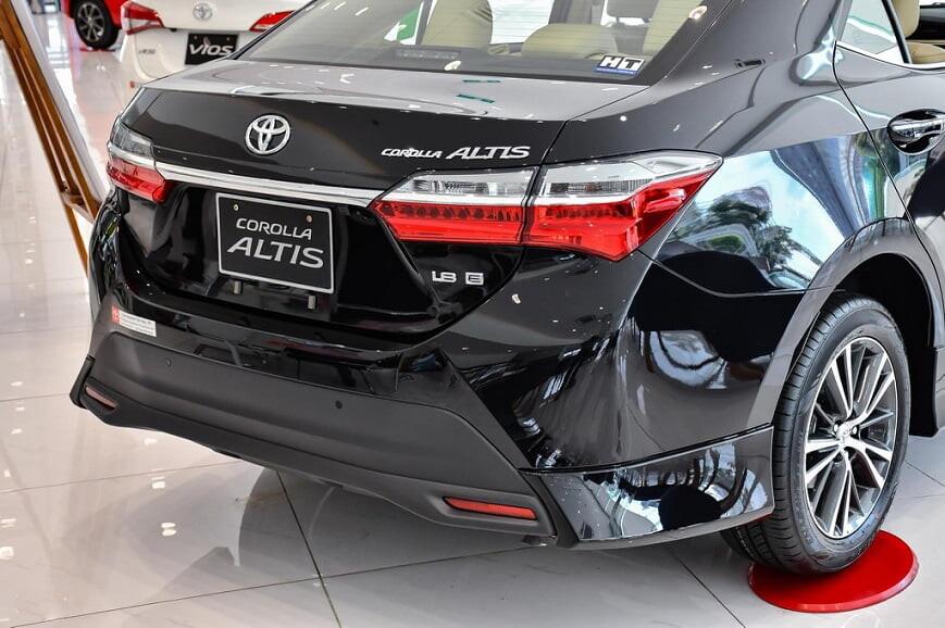 Cản sau xe Toyota Altis bản E CVT