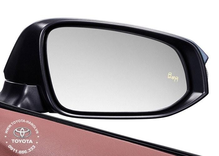Cảnh báo điểm mù trang bị trên xe Cross phiên bản hybird
