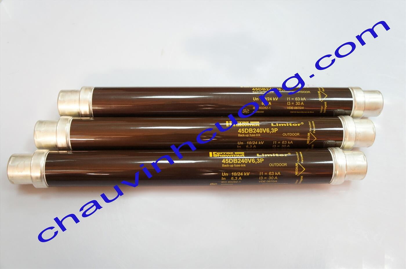 Cầu chì trung thế 24kV 6,3A Ferraz Shawmut 45DB240V6,3P