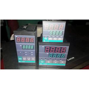 Bộ Điều Khiển Nhiệt Độ - Model CH402FK02-V*GN-NN