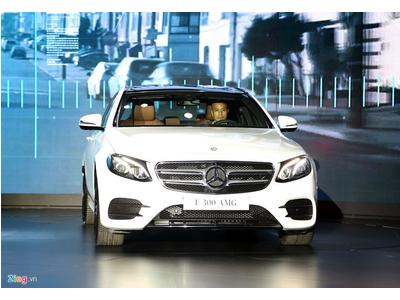 Chi tiết Mercedes E300 AMG giá trên 3 tỷ vừa ra mắt tại VN