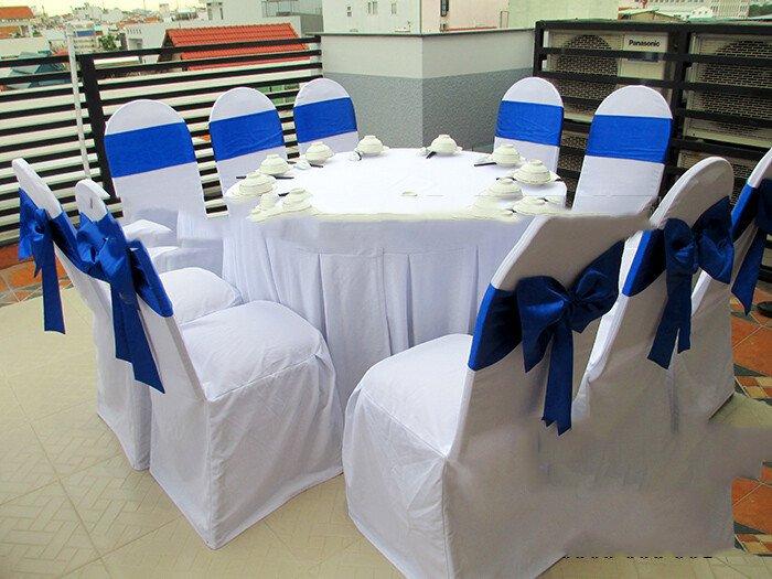Cho thuê bàn ghế tại Quận 5 - Thuê bàn ghế giá rẻ Quận 5, HCM