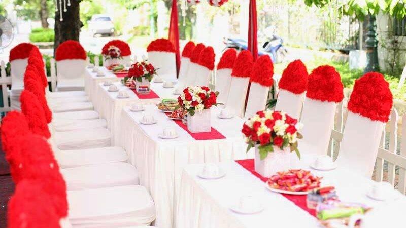 Đơn vị cho thuê bàn ghế uy tín, chất lượng tại TPHCM - Tuấn Nguyễn