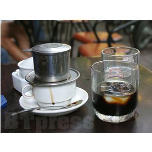 Chọn phin pha cà phê, phin nhôm hay phin inox