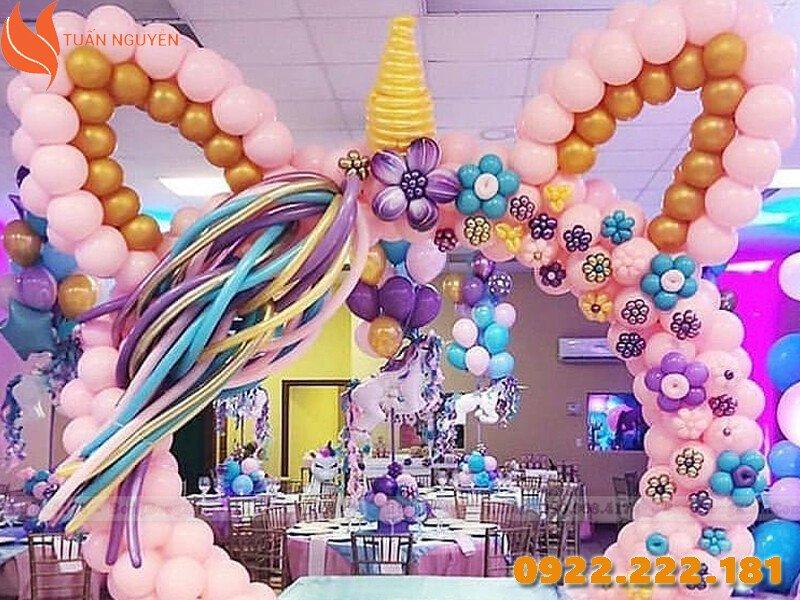Trang trí tiệc cưới theo chủ đề Unicorn