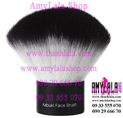Cọ lùn Studio Kabuki Face Brush (Made in USA) - 0933555070 - 0902966670 - www.amylalashop.com -
