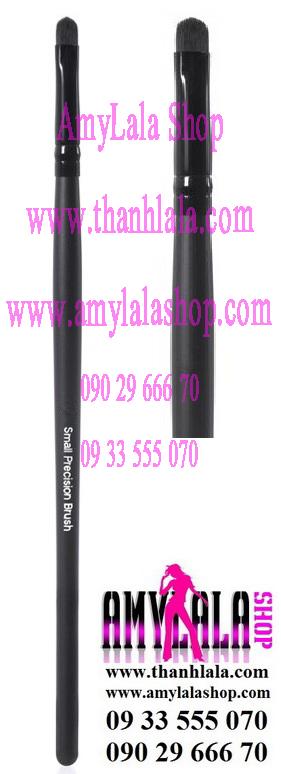 Cọ mắt Studio Small Precision Brush (Made in USA) - 0933555070 - 0902966670 - www.thanhlala.com -
