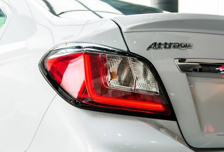 Cụm đèn hậu xe Attrage CVT bản Premium mới