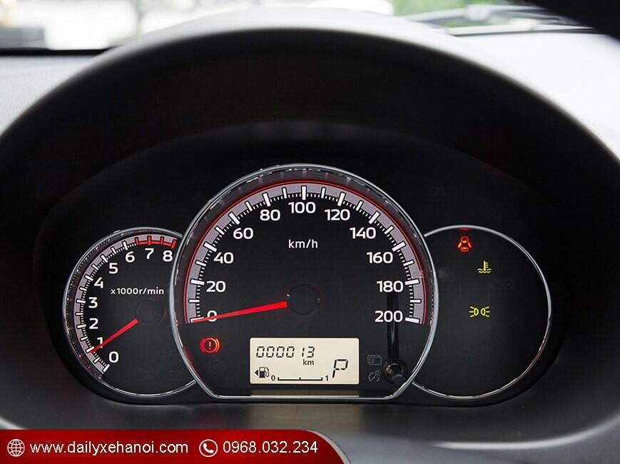 Cụm đồng hồ trung tâm xe attrage 1.2 at