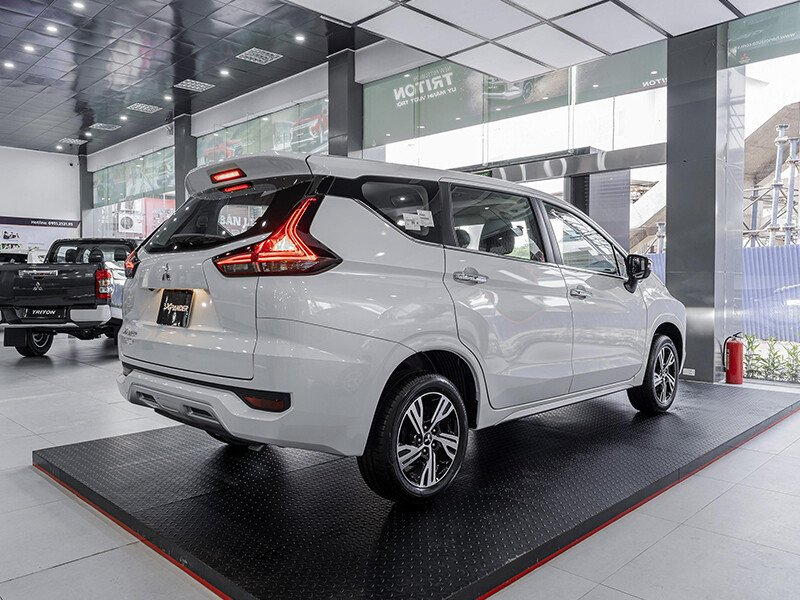Mitsubishi Xpander AT (Lắp Ráp)