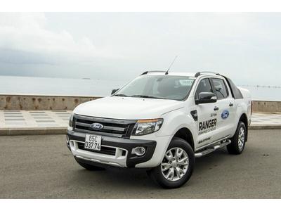 Đánh giá Ranger Wildtrak 3.2L 4x4 AT bản 2017 có gì nổi trội?
