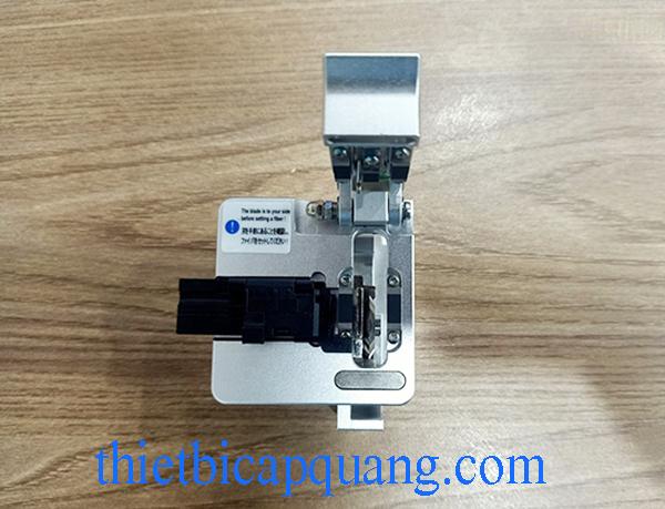 Dao cắt sợi quang CLV-200B