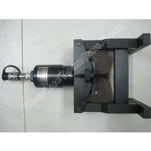 Đầu cắt thanh cái đồng thủy lực Kort CWC-160