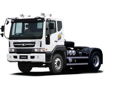 Đầu kéo Daewoo 01 cầu 4x2, 40 tấn euro 4