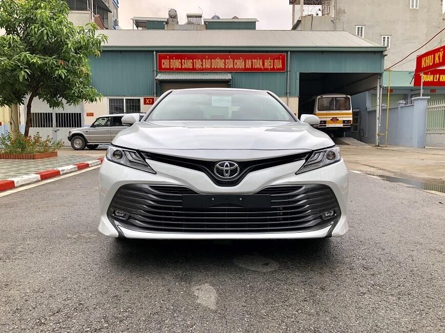 Đầu xe Toyota Camry 2.5Q