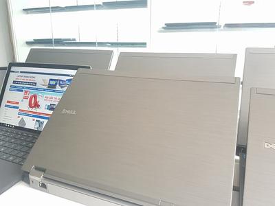 Dell latitude E6410 (Core i5 520M | Ram 4GB | HDD 250GB | |14 Inch HD)
