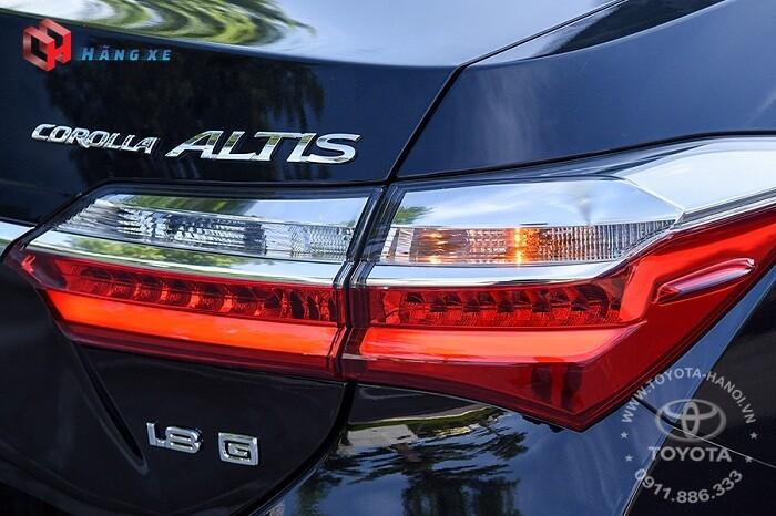 Cụm đèn hậu xe Toyota Altis 1.8G 2021