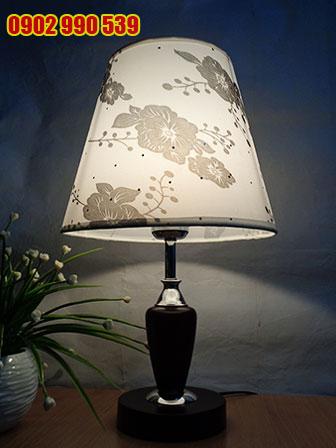 Đèn ngủ để bàn bằng gỗ - ĐG9