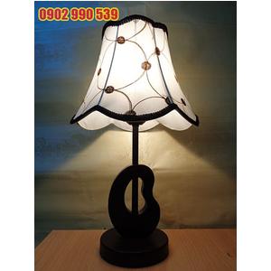 Đèn ngủ để bàn bằng gỗ - ĐG15
