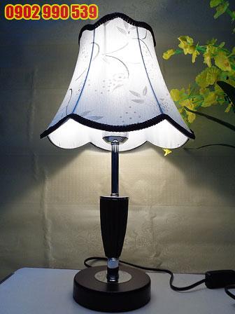 Đèn ngủ để bàn bằng gỗ - ĐG2