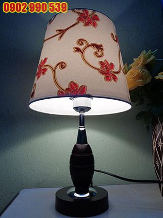 Đèn ngủ để bàn bằng gỗ - ĐG21