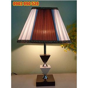Đèn ngủ để bàn bằng gỗ - ĐG3