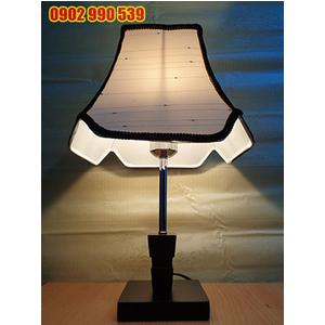 Đèn ngủ để bàn bằng gỗ - ĐG7