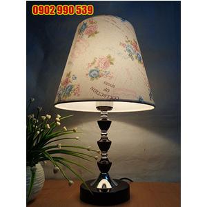 Đèn ngủ để bàn bằng gỗ - ĐG8