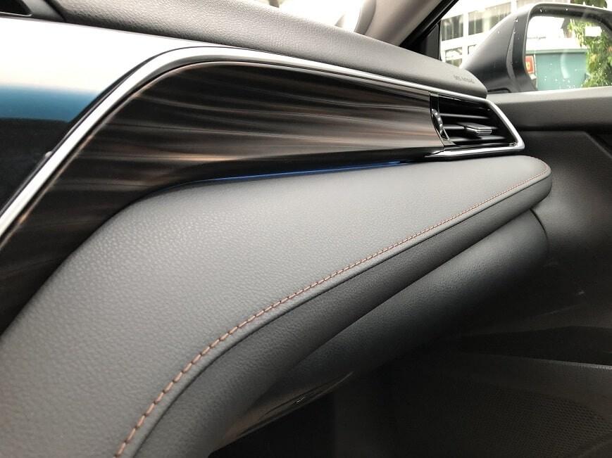 Đèn nội thất xe Camry 2.5 Q