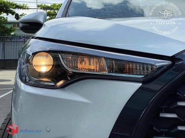Đèn pha cos xe Toyota Cross 1.8G 2021