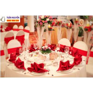 Địa chỉ cung cấp Bàn ghế nhà hàng tiệc cưới