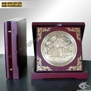 Đĩa quà tặng chùa 1 cột, đĩa khuê văn các, đĩa mặt trống đồng.