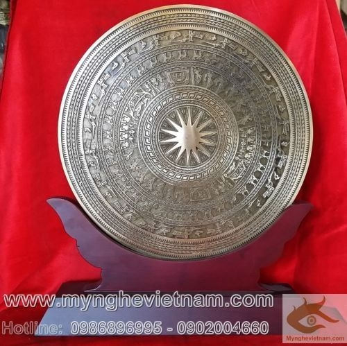 Đĩa đồng quà tặng, biểu trưng mặt trống đồng đk 25cm