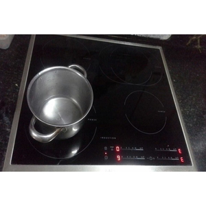 Dịch vụ sửa bếp từ Electrolux ở vinh nghệ an, rẻ