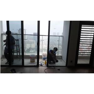 Dịch vụ tẩy ố kính xe hơi, phòng tắm kính, kính nhà, kính tòa nhà tại quận hành phố Hồ Chí Minh