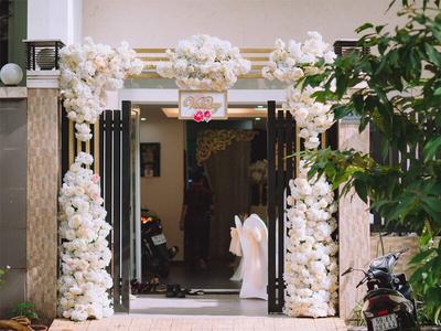 Dịch vụ trang trí tiệc cưới – trang trí bàn thờ gia tiên giá rẻ tại Quận 2, TP.HCM
