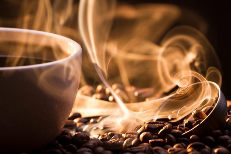 Bạn cần điều chỉnh nhiệt độ, thời gian cẩn trọng khi rang cà phê