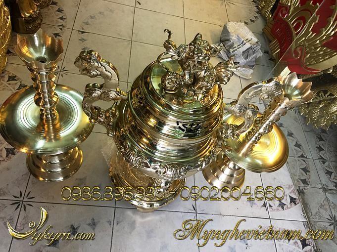 Đỉnh đồng thờ cúng tam sự cao 70cm, đỉnh thờ hoa sòi bằng đồng vàng, đánh bóng.