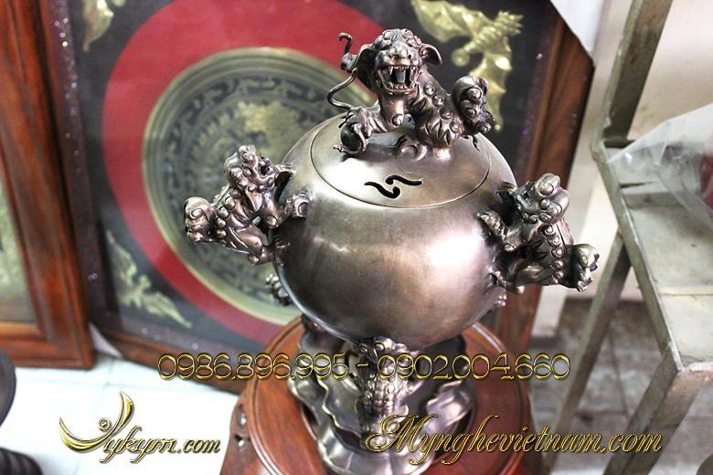Đỉnh tròn quả bóng thất nghê cao 42cm, đỉnh đồng hun giả cổ, đỉnh bày trí gia đình, bày trên tủ chè, phòng khách, phòng thờ.