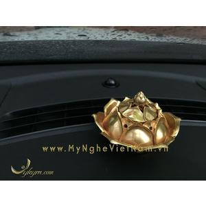 Đỉnh trầm hoa sen bày trang trí tap lô ô tô đk 8cm