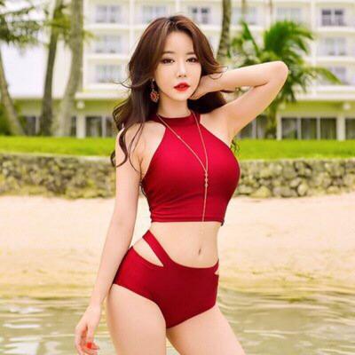 Đồ bơi 2 mảnh màu đỏ T092