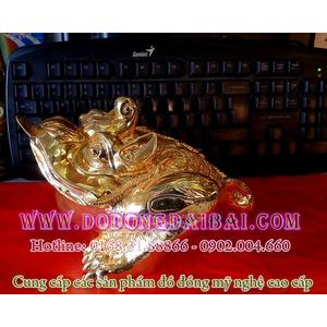 Tượng thiềm thừ phong thủy bằng đồng mạ vàng