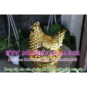 Tượng gà đồng mạ vàng, gà để trứng vàng lông tiền phong thủy