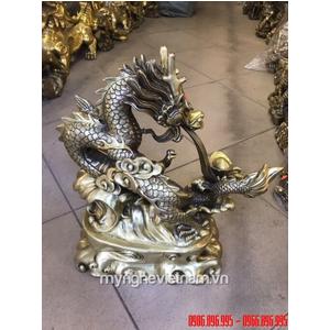 Tượng rồng nhả ngọc phong thủy cao 42cm bằng đồng vàng
