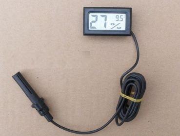 Đồng hồ đo nhiệt độ và độ ẩm (Dây dài 1.5m)