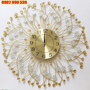 Đồng hồ trang trí Hoa Tuyết