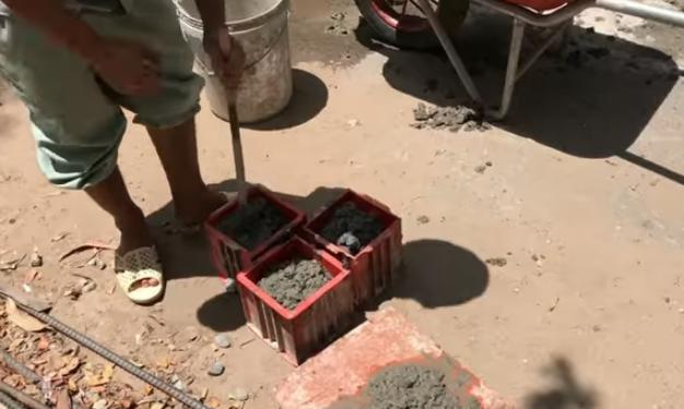 Đúc mẫu bê tông bằng nhựa