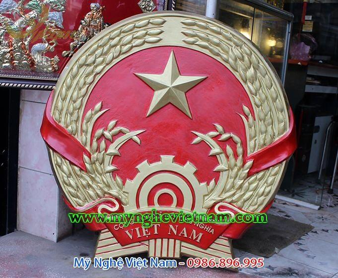 Đúc quốc huy Việt nam bằng nhựa composite